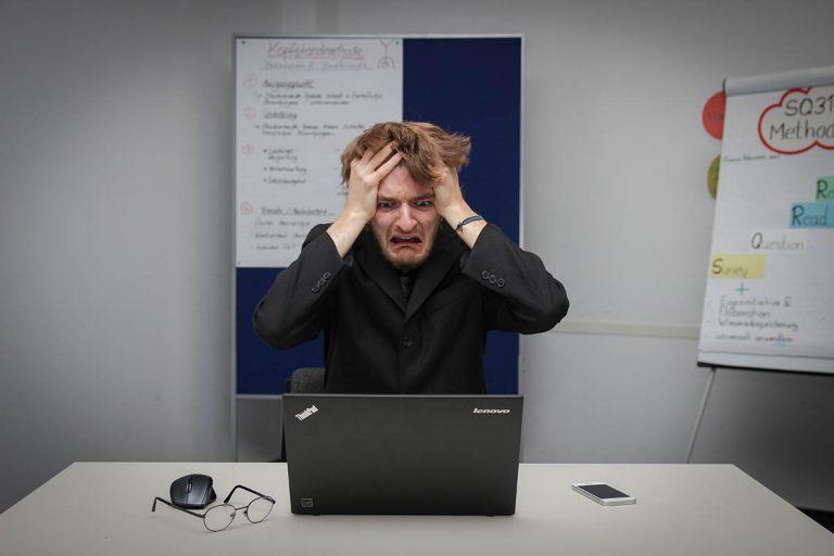 Weboldal fejlesztés hibák, melyek gátolják az ügyfélszerzést